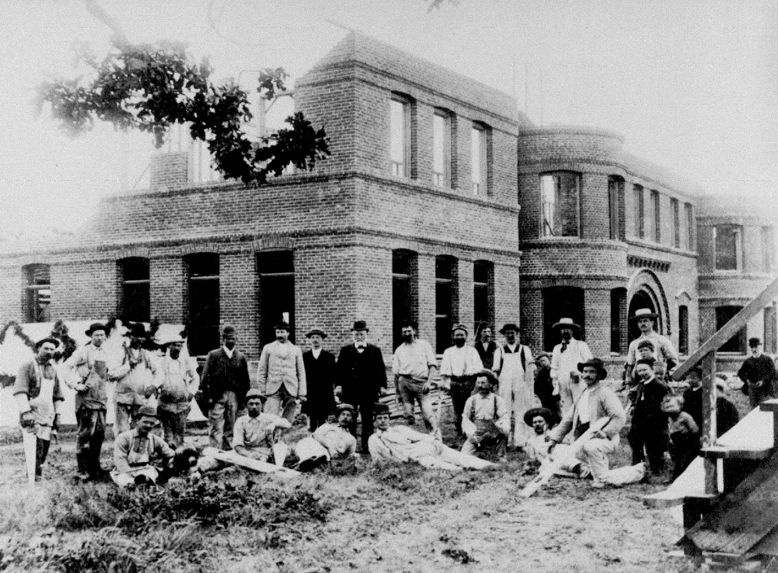 Construction of The Taylor Building in 1893
